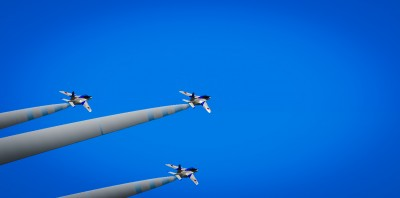 Blue Impulse 3 planes.jpg