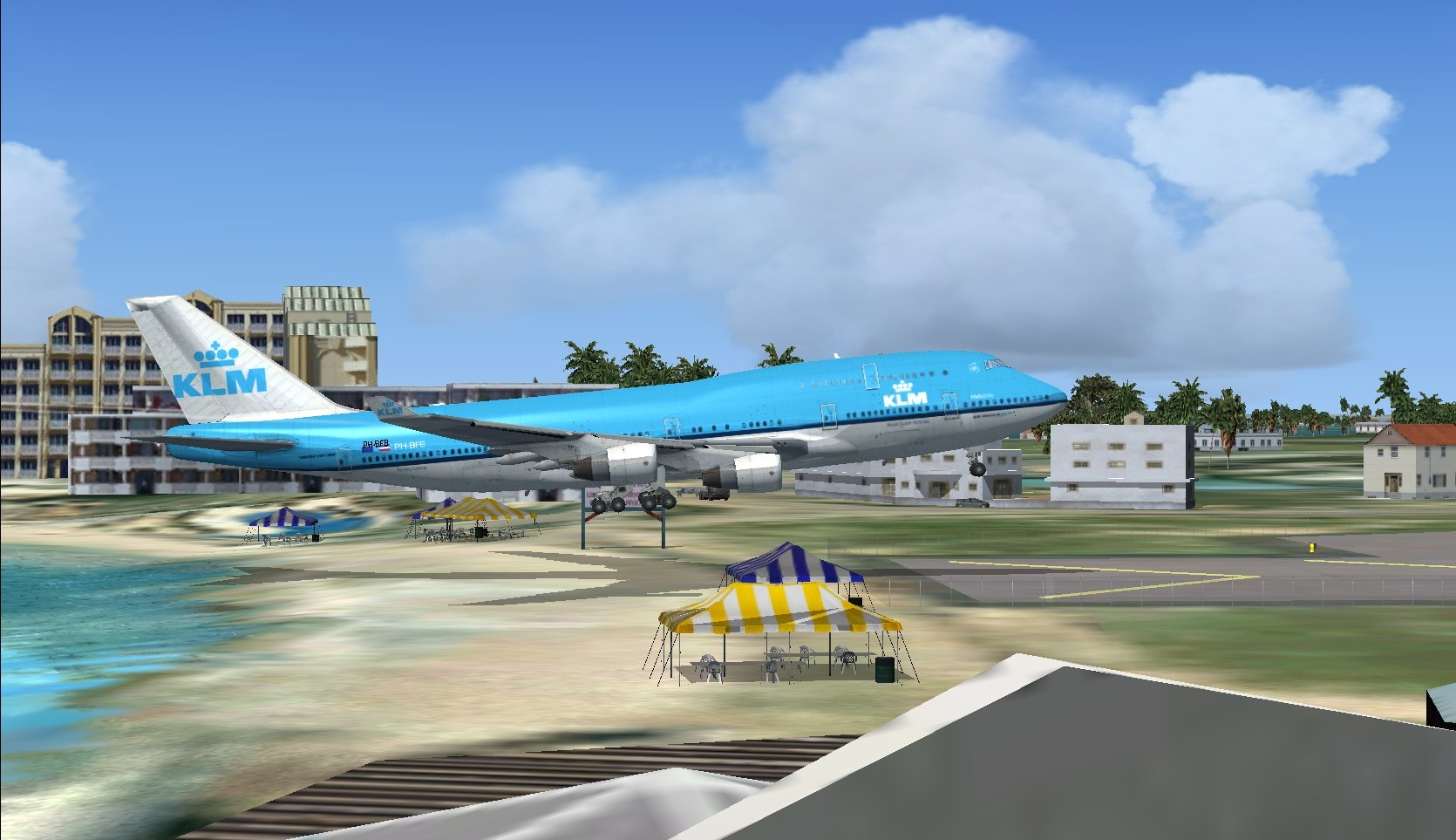 B-747-406SCD-KLM-PH-BFB--Princess-Juliana-Intl-landing.bmp.jpg